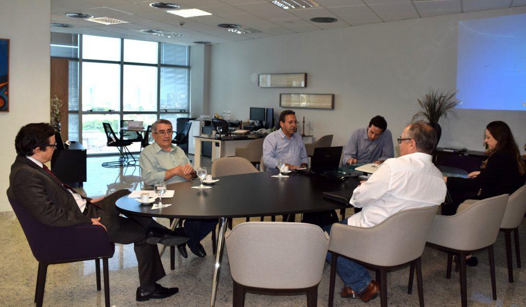 Representantes de entidades de Arquitetura são recebidos no TCE