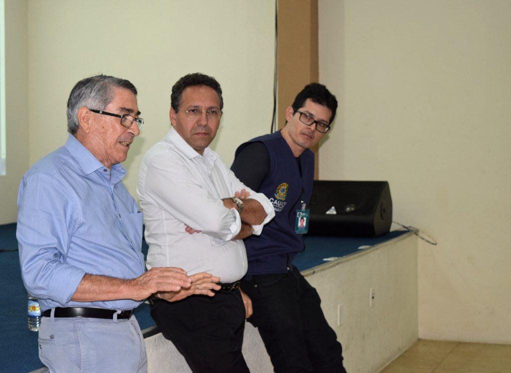 Representantes do CAU/CE respondem perguntas dos arquitetos