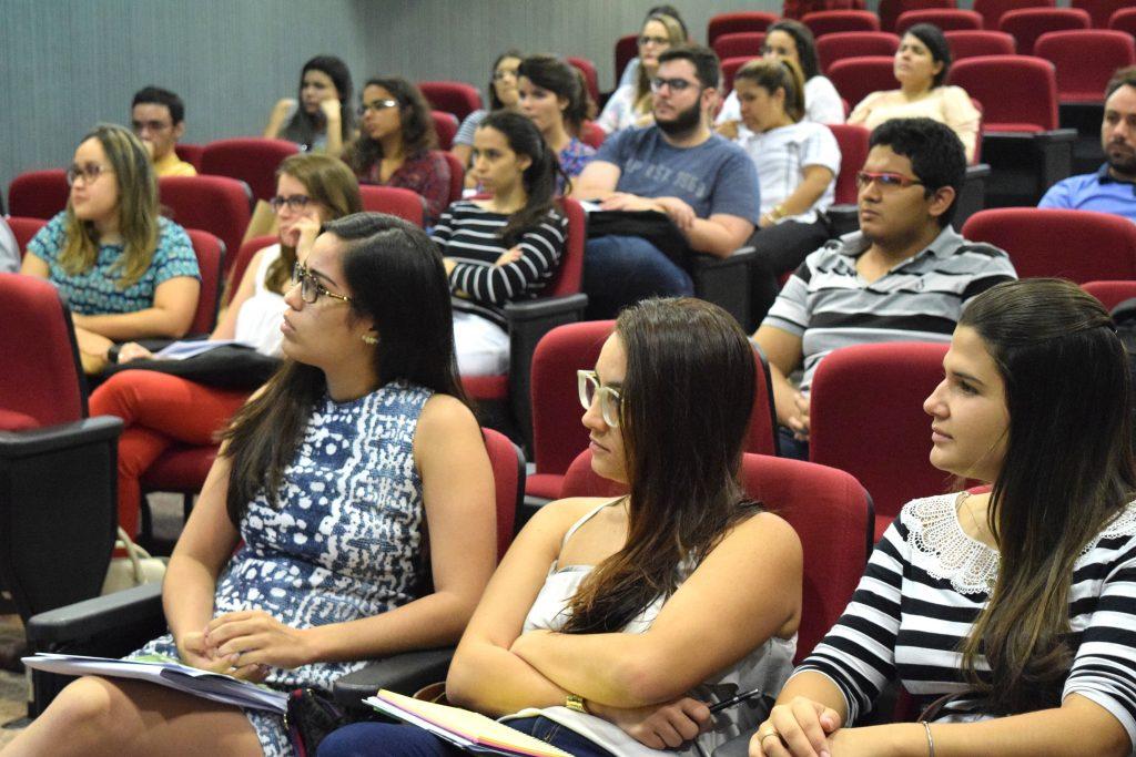 Estudantes da Unifor participam da Reunião de Acolhimento e Orientações